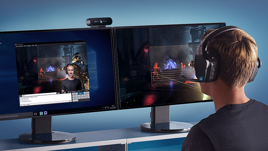 Professional webcam for high-def streaming and video calls