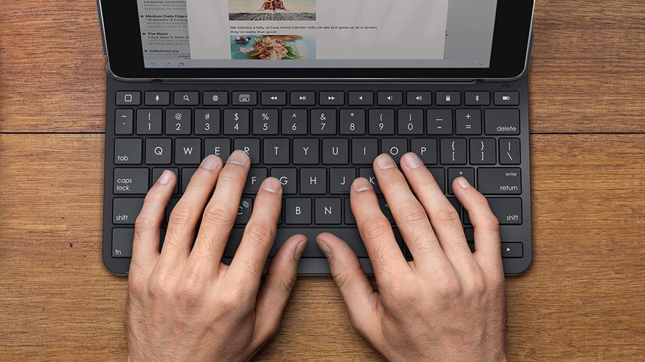 Logitech Slim Combo iPad teclado