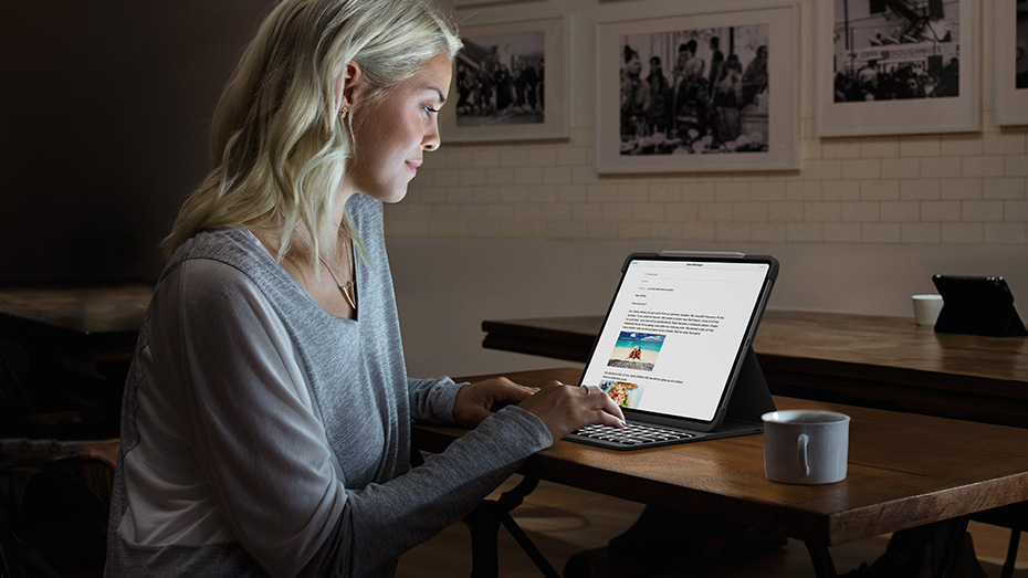woman using slim folio pro in type mode