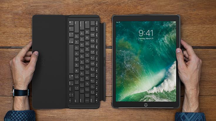 Capa de teclado Logitech Slim Combo para iPad Air (3ª geração)