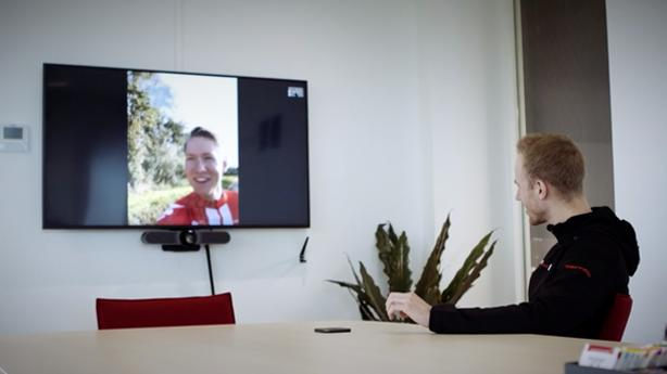 Video conferencing with Logitech Meetup